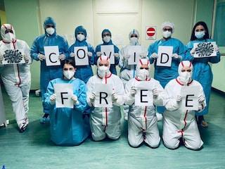 Covid free l'ospedale di Polla: dimesso l'ultimo paziente, la gioia di medici e infermieri