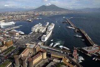 Napoli, il Comune non ha dipendenti con patente nautica per guidare i gommoni spazzamare