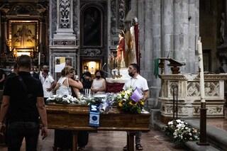 A Napoli i funerali di Emanuele Melillo, l'autista del bus precipitato a Capri