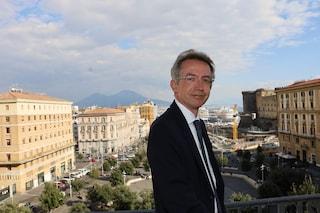 Manfredi, primi guai sulla scrivania del sindaco di Napoli: rifiuti, nomine e trasporti