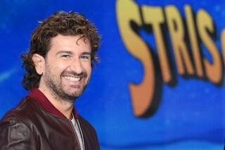 """Alessandro Siani a Striscia la Notizia: """"Politici, riaprite Whirlpool: vi lava gli scandali"""""""