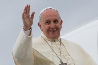 L'annuncio a sorpresa: papa Francesco sarà nella Terra dei Fuochi il 24 maggio