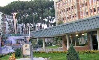 All'ospedale Pascale di Napoli radioterapia 7 giorni su 7, anche di domenica