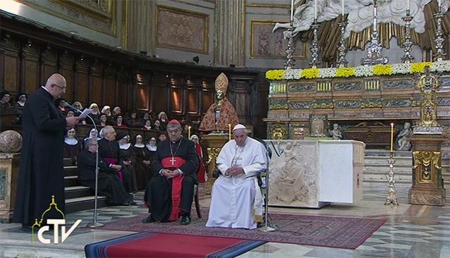 Papa Francesco al Duomo di Napoli col cardinale Sepe