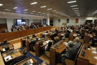 La politica per dinastia: l'esercito dei 'figli di' eletti nel Consiglio regionale  Campania