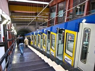 Metro, funicolari e bus a Napoli, chiusura alle 20 prorogata fino al 31 gennaio per Covid