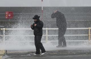 Allerta meteo Napoli: alto rischio scuole chiuse domani 13 novembre per vento forte