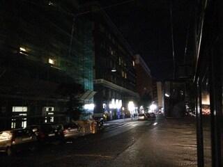 Napoli, black out a Chiaia, il lungomare al buio per un'ora