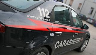Avellino, tenta il suicidio con una fascetta di plastica intorno al collo: salvato dai carabinieri