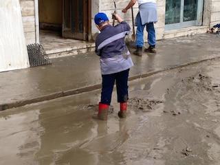Maltempo: Pozzuoli allagata, il fango invade Quarto e Monte di Procida