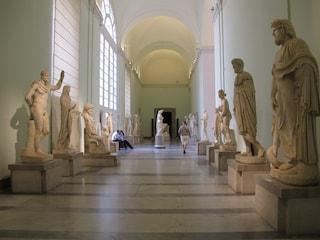 A Napoli tornano le giornate dell'archeologia tra le mostre del Mann e Villa Regina