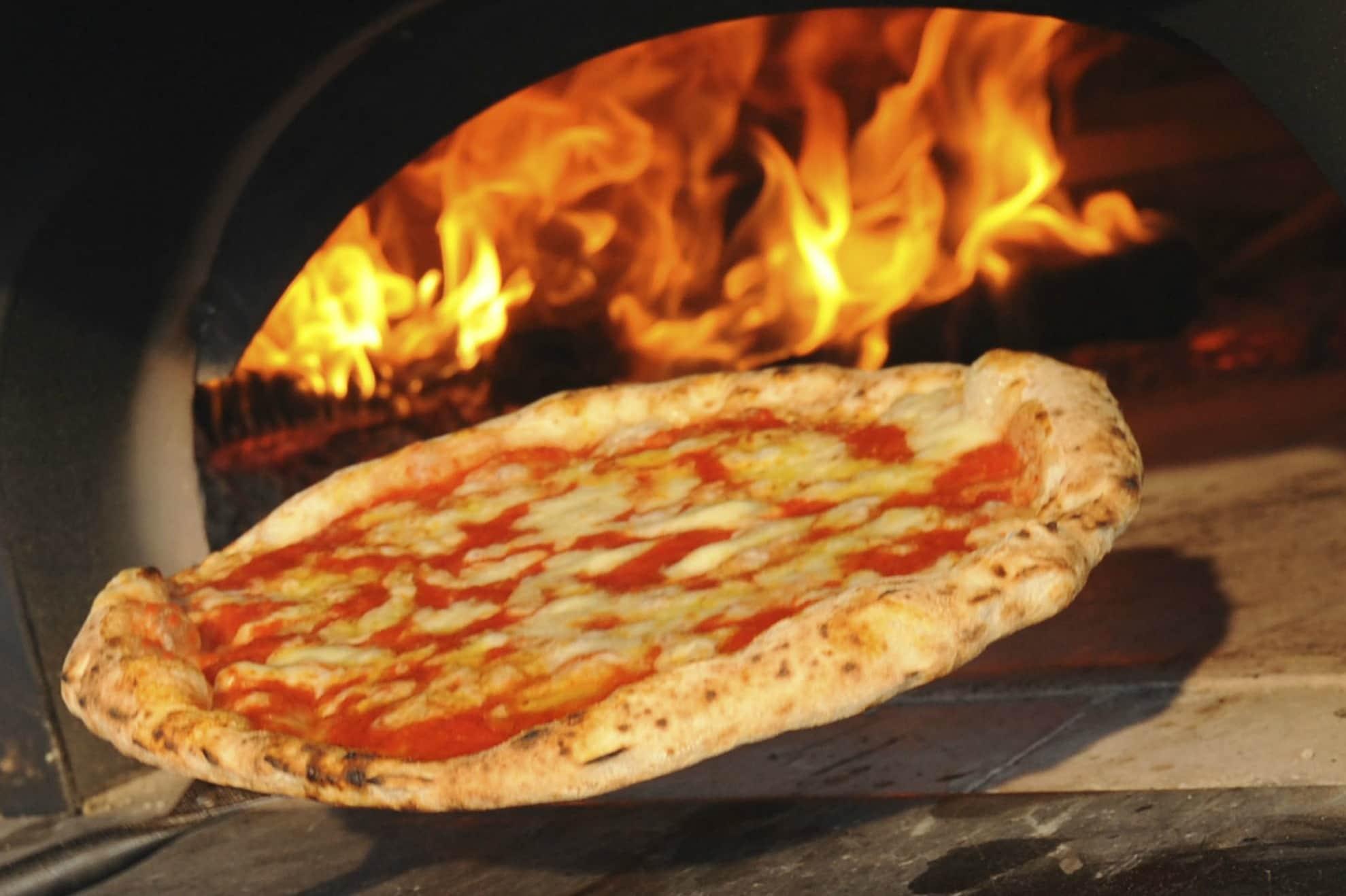 Cucine Usate Campania Napoli cosa mangiare a napoli: i 15 cibi rappresentativi della