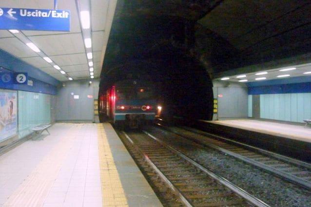 Stazione di Montesanto della Linea 2 della metropolitana di Napoli