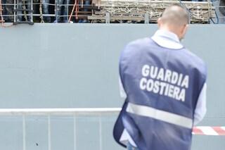 A Torre del Greco si stampano falsi documenti per i marittimi sardi: 50 indagati