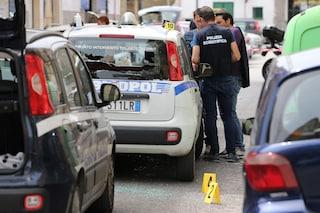 Assalto armato a un portavalori a Giugliano, esplosi colpi d'arma da fuoco in strada