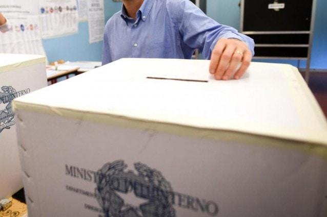 Elezioni Amministrative 2021 Napoli: si vota 3 e 4 ottobre. Il 17 e 18 ottobre l'eventuale ballottaggio