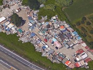Il campo rom di Barra visto dall'alto con Google Maps