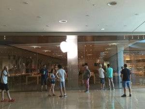 Caserta, il centro commerciale Campania senza corrente nel primo ...