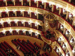 Interno del Teatro San Carlo di Napoli