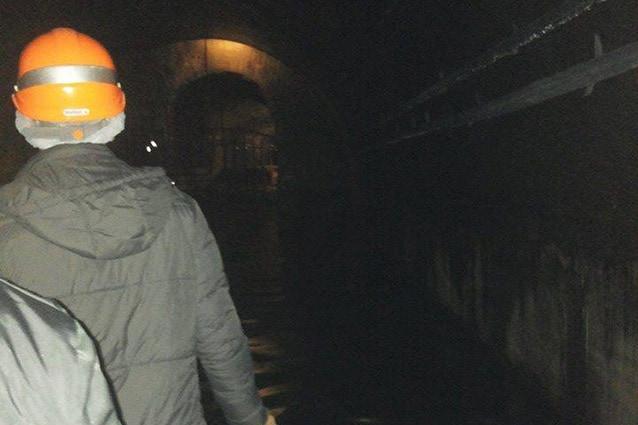 Percorso in zattera attraverso il Tunnel Borbonico