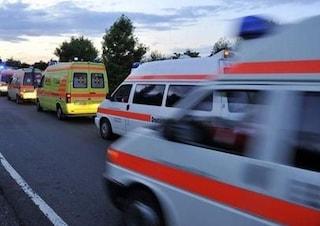 Camion a fuoco sulla Nola-Villa Literno, un morto: soccorritori trovano piede mozzato