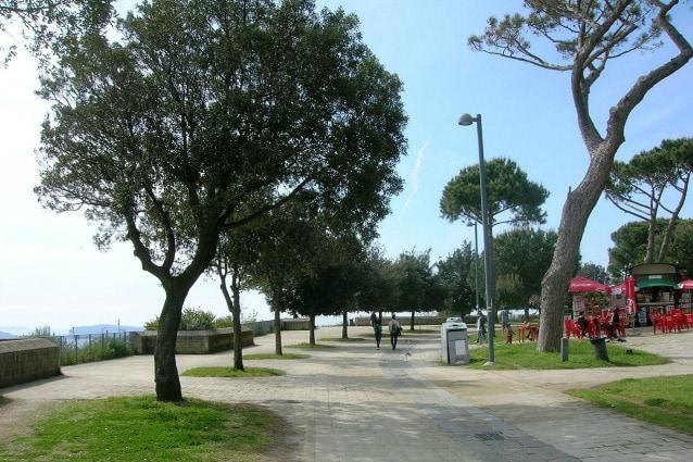 Picnic a un'ora da Napoli: 10 parchi per rilassarsi con amici e famiglia