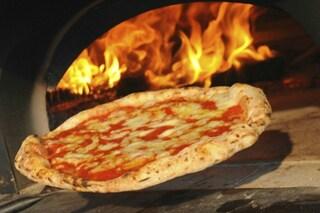 Salerno, nasce la pizzeria sociale in carcere: gestita da detenuti e aperta al pubblico