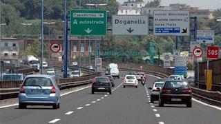 Chiusa una corsia della Tangenziale: è inferno traffico a Napoli