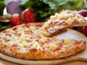 pizza-con-ananas