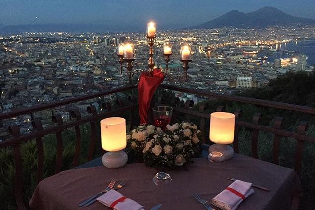 Panorama dalla terrazza del ristorante Renzo e Lucia (Facebook).