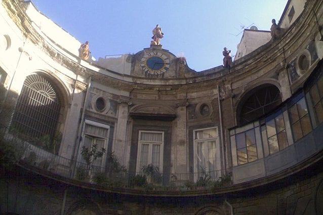 Interno del Palazzo Spinelli di Laurino a Napoli (Wikipedia).