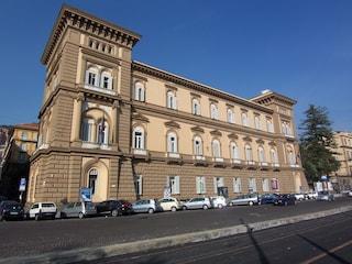 Sparatoria alla Riviera di Chiaia: panico tra i passanti alla Torretta