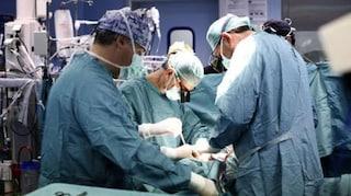 Cardarelli, due trapianti di fegato in 18 ore: interventi riusciti