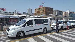 Napoli, percorso e tariffe del taxi collettivo per aeroporto, stazione centrale e porto