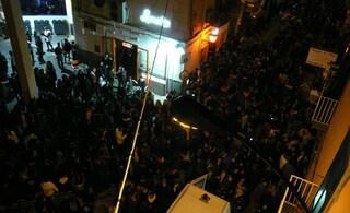 Spari tra la folla a Chiaia, chiesti 14 anni per il figlio del boss che ferì 3 ragazzi