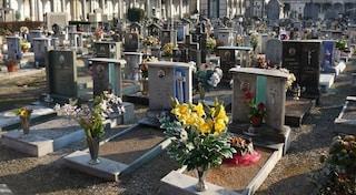 Salerno, documenti falsi al cimitero di Angri per risparmiare sulle sepolture, 15 indagati