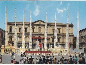 Una foto della storica festa dei Gigli a Nola negli anni Settanta