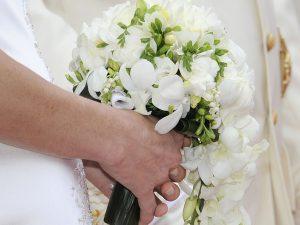 01bc309bccc6 Il bouquet di fiori è l accessorio principale della sposa