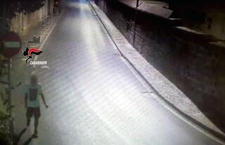 Rione Vasto, tenta di stuprare una donna: uomo rischia linciaggio