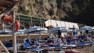 """Coronavirus, in Campania poche persone in spiaggia: """"47mila stabilimenti rischiano di chiudere"""""""