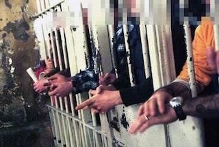 Carcere di Salerno, detenuto sputa sangue in faccia a un agente della Penitenziaria