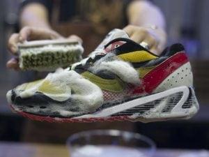 promo code 3b82c 0aa44 A Napoli nasce la prima lavanderia per scarpe da ginnastica ...