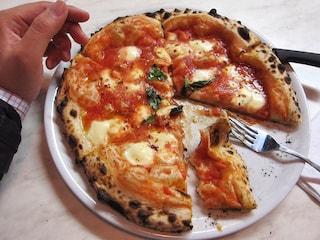 """Pizza patrimonio Unesco, la Regione stanzia 300mila euro per i """"maestri"""" della pizza"""
