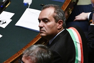 """Reddito di cittadinanza a Napoli, De Magistris ammette: """"Non sappiamo nemmeno cos'è"""""""