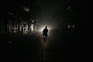 """Napoli, blackout in vista a Torre del Greco, Ercolano e Portici: """"Intervento urgente nella notte"""""""