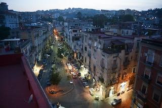 Napoli, la camorra spara a due passi dai vicoli visitati da Mattarella