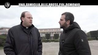 L'esorcista don Michele Barone, accusato di violenze sessuali su 13enne, non è più prete