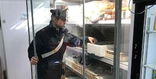 Terzigno, 23 chili di alimenti scaduti e senza etichetta in vendita in un minimarket