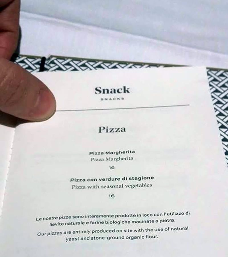 Il menù pizza di Carlo Cracco a Milano / foto Fanpage.it