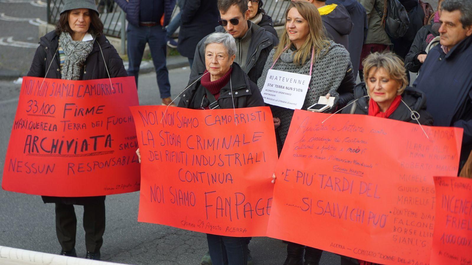 I manifestanti in corteo